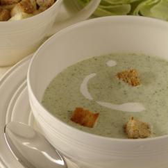 frenskasupa - Френска крем супа от зелена салата с крутони