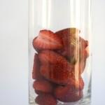 strawberries in glass 150x150 - Експресна диета