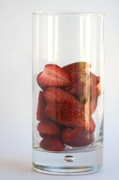 strawberries in glass - Експресна диета