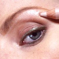0007 - 12 стъпки при нанасянето на златния макияж