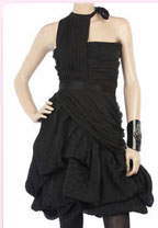12christian lacroix - Най-модерните малки черни рокли за сезона