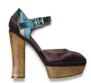15marni 300x274 - Обувки от материи в различни цветове