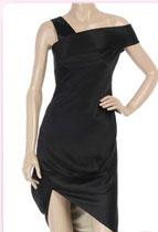 1alexander mcqueen - Най-модерните малки черни рокли за сезона
