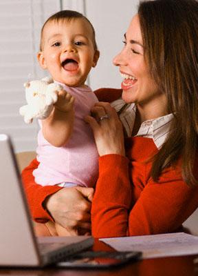 14 - Бизнес-мама: с бебе и лаптоп