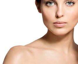 woman face 266x220 - Маски за мазна кожа на лицето