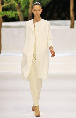 2 - Пролет 2009 - нежност в модата!