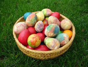 12 290x220 - 4 техники за боядисването на красиви великденски яйца