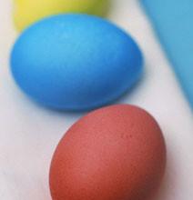 p 01 212x220 - Няколко препоръки при боядисването на великденските яйца