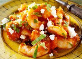 Скариди в доматен сос