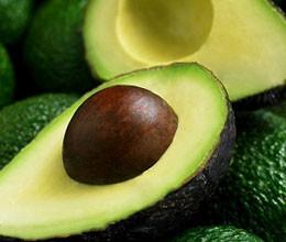 a01 260x220 - Домашни рецепти за красота с авокадо
