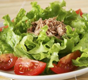s riba ton - Бърза салата с риба тон