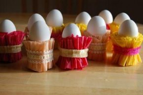 Как да си направите сами поставки за великденски яйца...