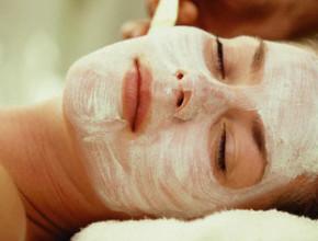 01pk 290x220 - Домашни маски за проблемна кожа