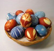 За великденските яйца
