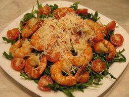 it salata skaridi 261x196 - Италианска салата със скариди