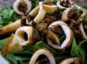 kalmari gabi - Задушени калмари с гъби