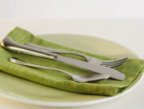 ost 290x220 - Топла салата от гъби, бял боб и спанак
