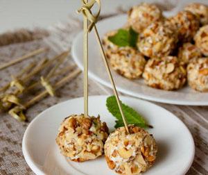 topki sirene - Топки от сирене и орехи