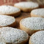 meksikanski biskviti 150x150 - Мексикански бадемови бисквити