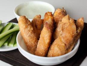 pil fileta bekon 290x220 - Пилешко филе в бекон и галета
