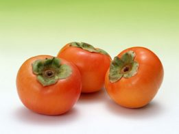 01mria 261x196 - Домашна козметика от райска ябълка