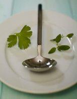 Индийски супа с картофи и грах