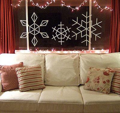 01s - Празнична украса със снежинки