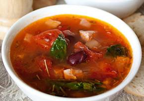 mesna 290x203 - Месна супа с боб и домати