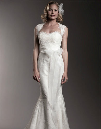 05Amy Kuschel - Сватбените рокли на 2012 година