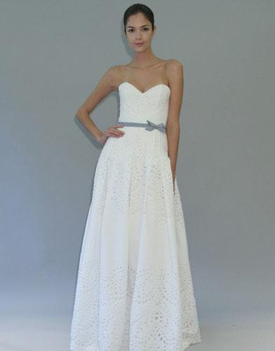 07Carolina Herrera - Сватбените рокли на 2012 година