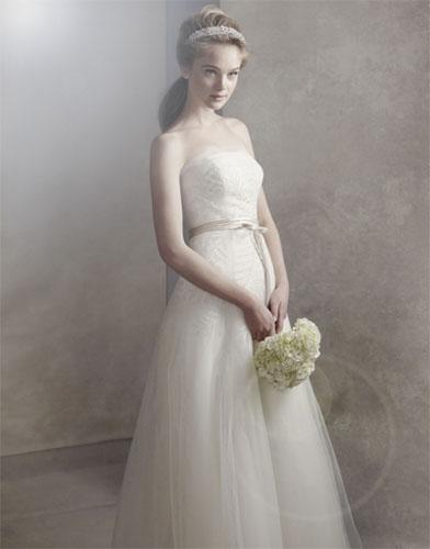 09Vera Wang - Сватбените рокли на 2012 година