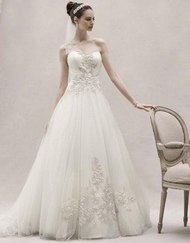 13Oleg Cassini - Сватбените рокли на 2012 година