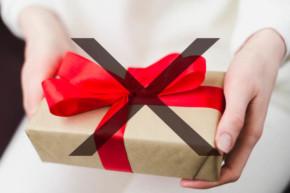 podarak 290x193 - Подаръците, които НЕ трябва да подаряваме