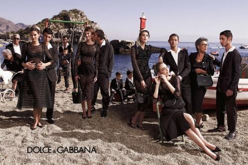 04 7Dolce Gabbana 500x333 - Пролет-лято 2013: Преглед на няколко рекламни кампании