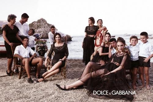 04 8Dolce Gabbana 500x333 - Пролет-лято 2013: Преглед на няколко рекламни кампании