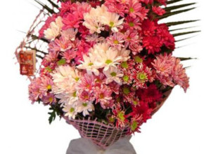 buket 290x220 - Доставката на цветя е жест, означаващ много повече от всички думи