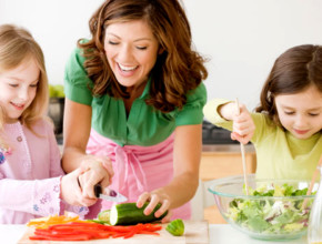 013 290x220 - 10 полезни храни, за да е умно детето