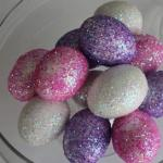 01brokat 150x150 - 11 идеи за великденска украса с яйца
