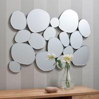 Огледалата в интериора на дома