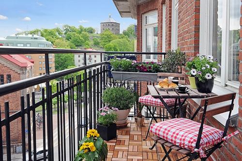 03 - Как да превърнете балкона в оазис за отдих