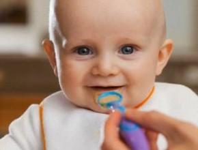 CHILD EATING 290x220 - Месото в детската кухня