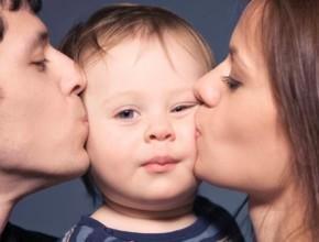 parents 290x220 - Асиметрия в чувствата към децата – проблем ли е