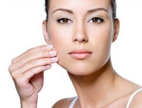 maska lice 290x220 - Можем ли да запазим младостта на нашата кожа?