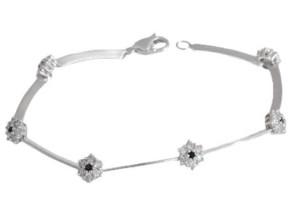 sreburni bijuta 290x220 - Как да изберем уникално сребърно бижу в унисон с тоалета ни?