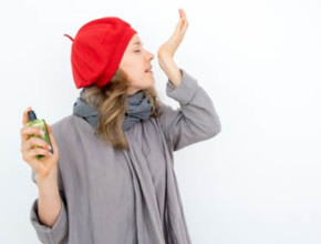 parfum 290x220 - Какво разкриват парфюмите за жените?