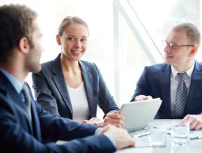 interviu rabota 290x220 - Как правилно да отговорите на коварните въпроси и да се харесате на HR-мениджъра
