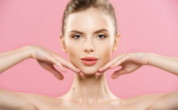 grija za kojata 348x215 - 8 съвета за правилна грижа за кожата на лицето след 40 години