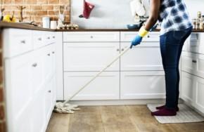 pochistvane na doma 290x188 - Как да се държите, когато за пръв път се доверите на почистване на дома в София
