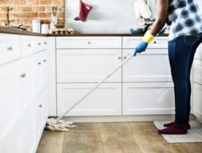 pochistvane na doma 290x220 - Как да се държите, когато за пръв път се доверите на почистване на дома в София