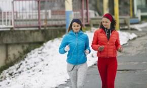 sport prez zimata 290x173 - Вреди и ползи от спорта на свеж въздух през зимата